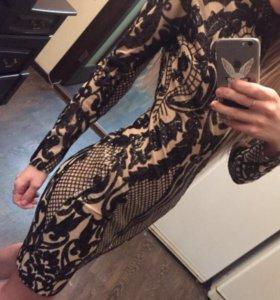 Платье расшитое поедками