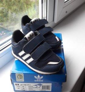 Кроссовки Adidas р.24