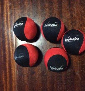 Мячики для игры в воде