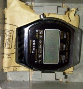 Часы Электроника 5-206А
