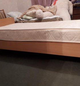 Кровать с матрасом детская