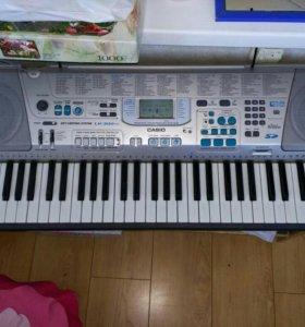 Синтезатор Casio lk-300