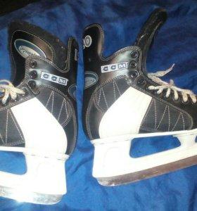 Хоккейные коньки 41;40;36;36.5