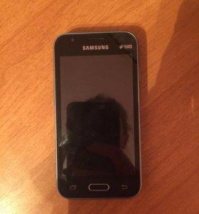 Samsung Galaxy J1 mini 4