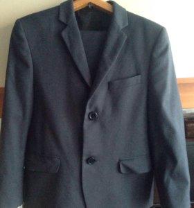 Школьный костюм р 128