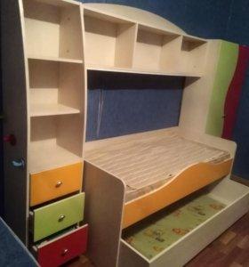 Детская кровать. Детский гарнитур. Детская постель