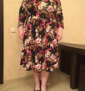 Женское платье 62-64 размера