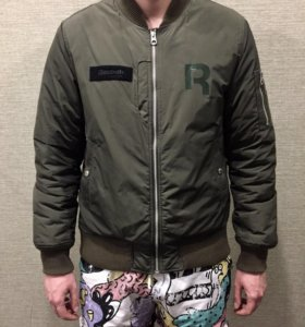 Куртка бомбер Reebok