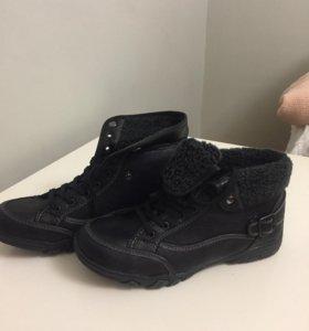 Ботинки с искусственным мехом