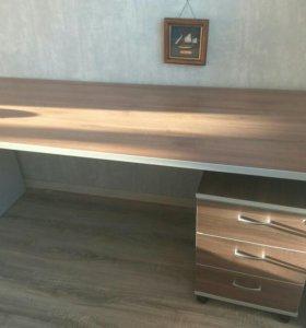 Письменный стол + тумба (идеальное состояние)
