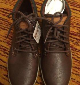Новые ботинки скетчерс 44 размера