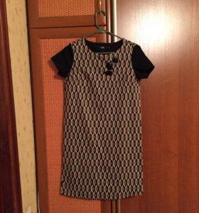 Платье трикотажное s
