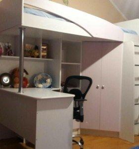 Шкаф,кровать,стол