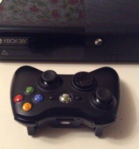 Xbox 360 E + GTA 5 + 8 игр