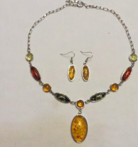 Колье (ожерелье) с серьгами новые