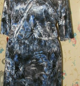 Платье из мраморного бархата р-р 52