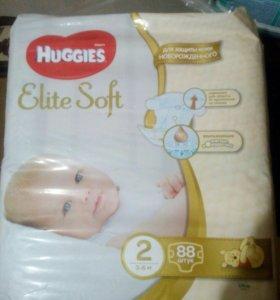 Подгузники для новорожденных Хаггис элит софт