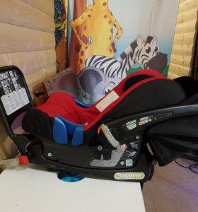 Автокресло 0+ Britax romer babysafe plus SHR II с