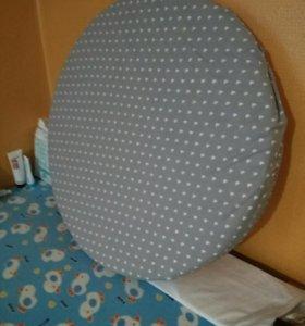 Круглый матрас в детскую кроватку