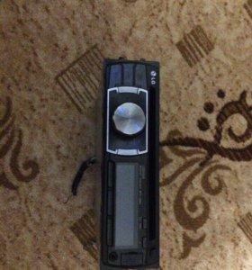 Автомагнитола LG LCS320UB