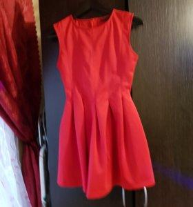 Платье бу 42 короткое