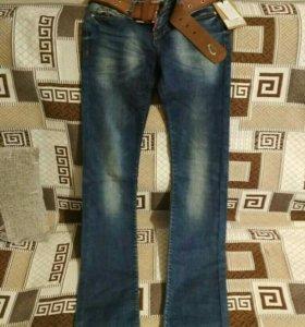 Новые женские джинсы 25р