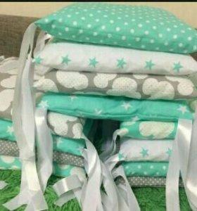 Бортики-подушкчки, комплекты в кроватку