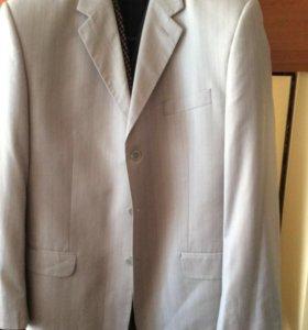 Пиджак мужской,двух бортовый