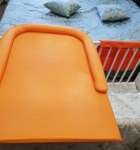 Пеленальный стол
