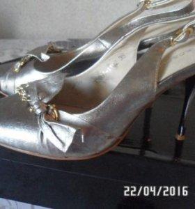 Новые туфли нат.кожа