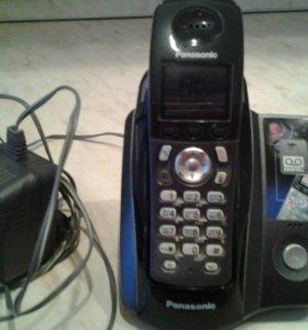 Радиотелефон Panasonic цветной дисплей