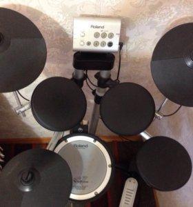 Электронная барабанная установка Roland h1
