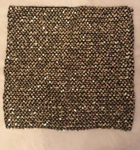 Блестящая юбка мини с золотыми пайетками НОВАЯ!!!