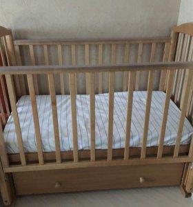 Кроватка+комод детские