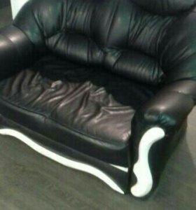 Комплект кресла и дивана.