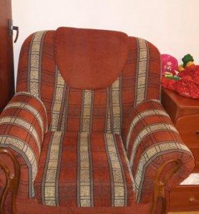 Диван и 2 кресла. Срочно