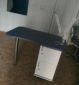 Маникюрный стол, лампа в подарок