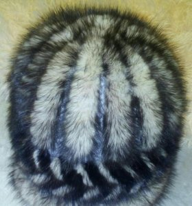 Продается шапка из меха норки на связанной основе