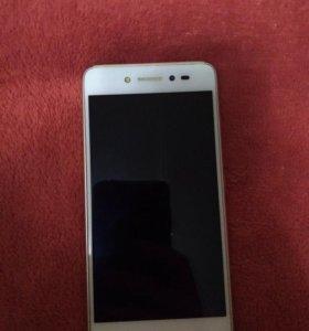Телефон Lenovo s90
