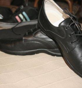 Туфли р.40 из натуральной кожи в школу