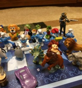 Фигурки игрушек из Киндер сюрприза