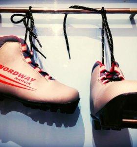 Детские лыжные ботинки Nordway.