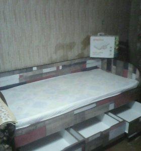 Кровать + матрас + наматрасник