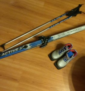 Лыжи Nordway +ботинки Nordway и палки Leki