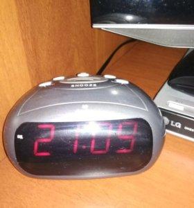 Часы-будильник Gastar