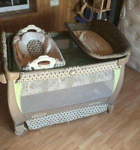 Кроватка Graco