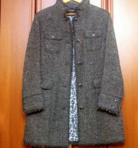 Женское лёгкое пальто Luisa Cerano.