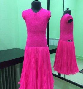 Новое рейтинговое платье для бальных танцев