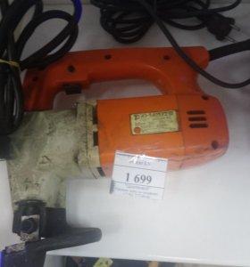 Электроинструмент ножницы по металу