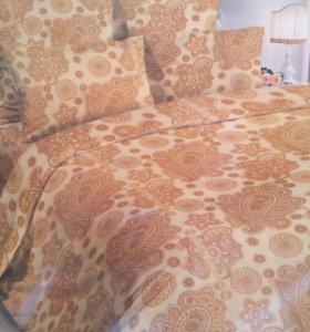 1,5 спальный комплект постельного белья.